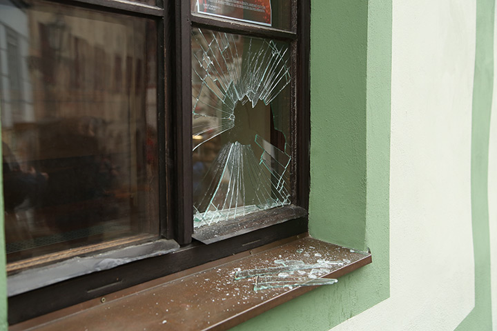 A2B Glass are able to board up broken windows while they are being repaired in Aylesbury.